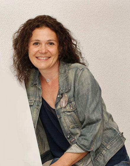 claire schneider portrait